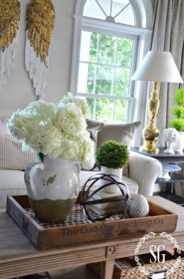 Affordable Living Room Summer Decorating Ideas 08