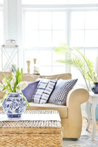 Affordable Living Room Summer Decorating Ideas 14