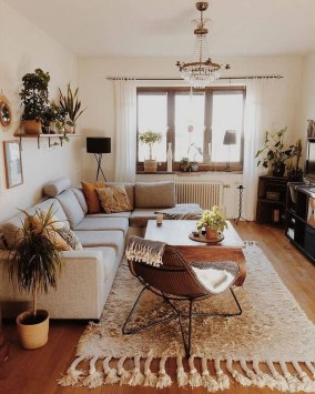 Affordable Living Room Summer Decorating Ideas 16