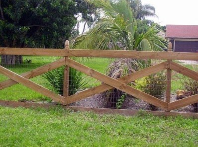 Captivating Fence Design Ideas That You Can Try 11