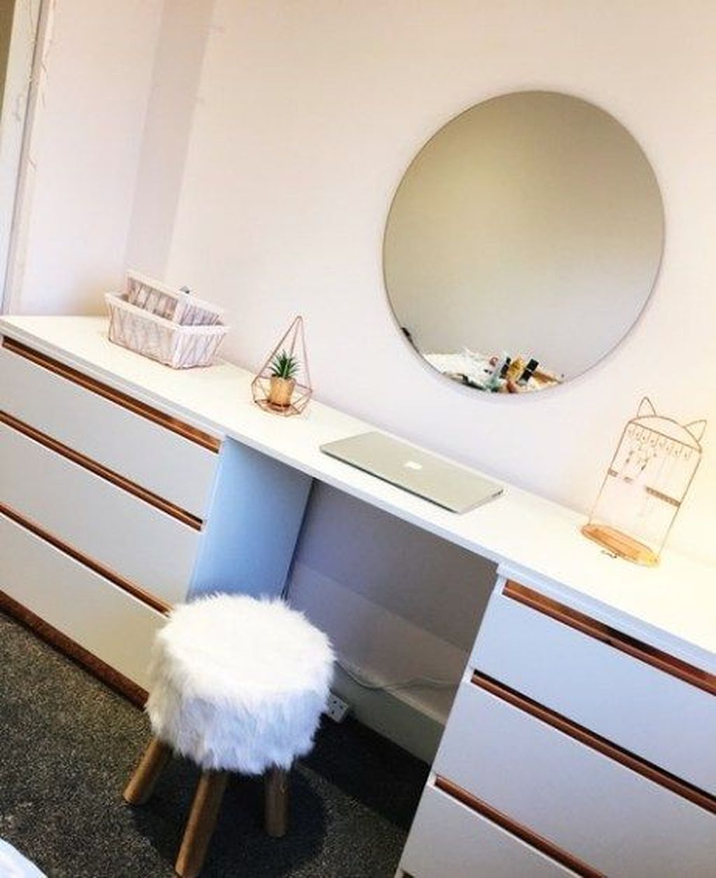 Casual Dressing Table Ideas In Your Room 28
