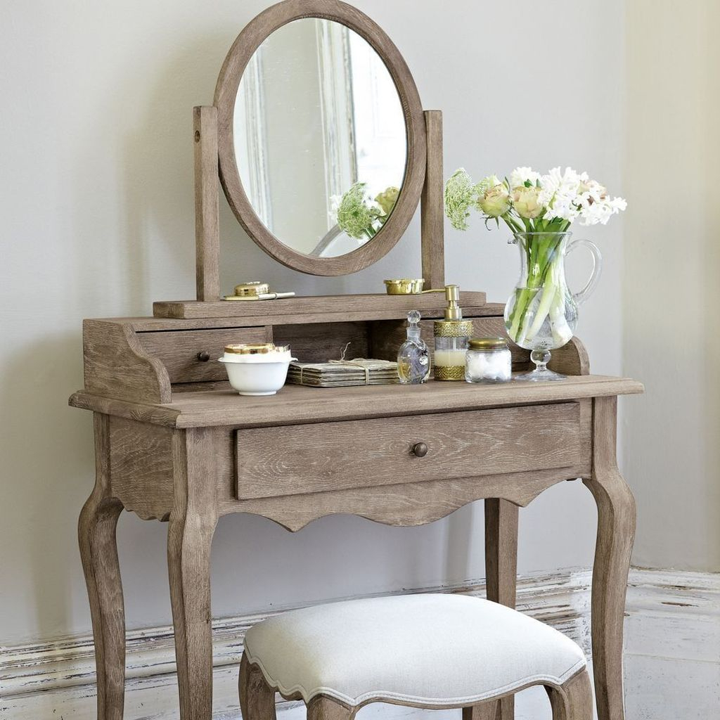 Casual Dressing Table Ideas In Your Room 39