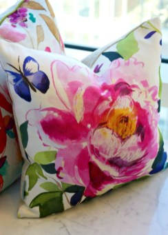 Adorable Pillows Decoration Ideas To Not Miss Today 25