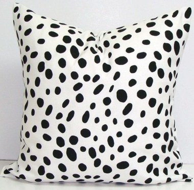 Adorable Pillows Decoration Ideas To Not Miss Today 47