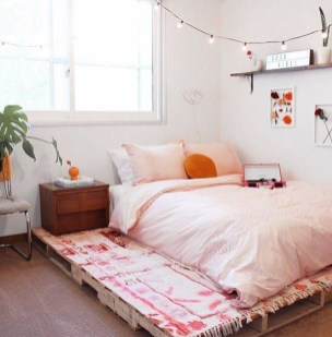 Amazing Bedroom Pallet Design Ideas 11