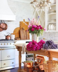 Chic Kitchen Style Ideas For Comfortable Old Kitchen 11