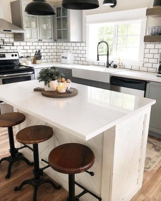 Chic Kitchen Style Ideas For Comfortable Old Kitchen 42