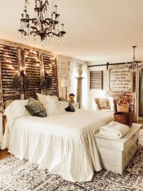 Cool French Country Master Bedroom Design Ideas With Farmhouse Style 13