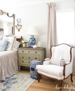 Cool French Country Master Bedroom Design Ideas With Farmhouse Style 42
