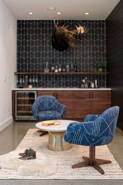 Delicate Home Bar Design Ideas That Make Your Flat Look Great 06