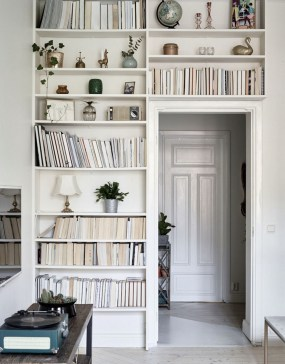 Elegant Bookshelves Decor Ideas That Trending Today 08