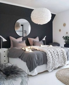 Lovely Bedroom Decor Ideas For Small Apartment 21