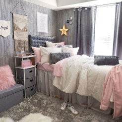 Lovely Bedroom Decor Ideas For Small Apartment 30