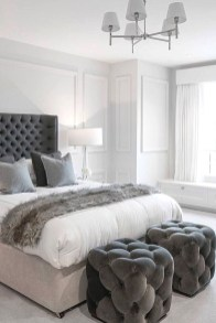 Lovely Bedroom Decor Ideas For Small Apartment 37