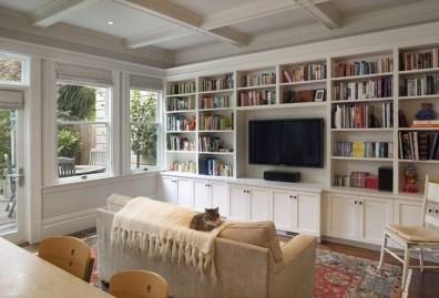 Pretty Bookshelves Design Ideas For Your Family Room 02