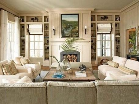 Pretty Bookshelves Design Ideas For Your Family Room 36