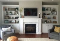 Pretty Bookshelves Design Ideas For Your Family Room 43