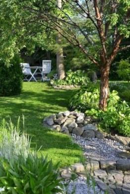 Pretty Frontyard Landscaping Design Ideas 09