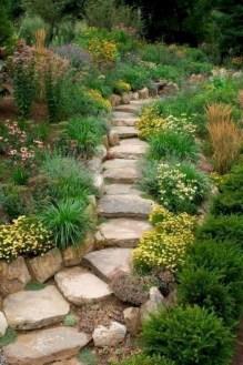 Pretty Frontyard Landscaping Design Ideas 39