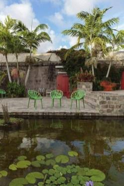 Pretty Frontyard Landscaping Design Ideas 52