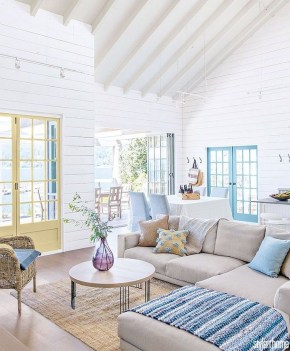 Splendid Coastal Living Area Ideas For Home Look Fabulous 37