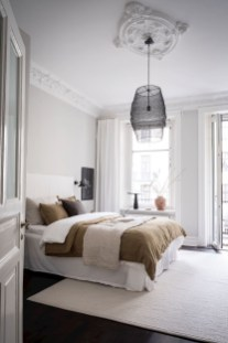 Stylish Bedroom Decoration Ideas For Your Apartment 21