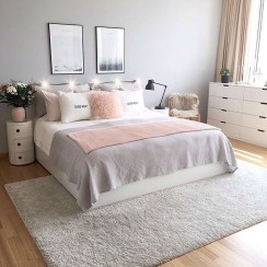 Stylish Bedroom Decoration Ideas For Your Apartment 38