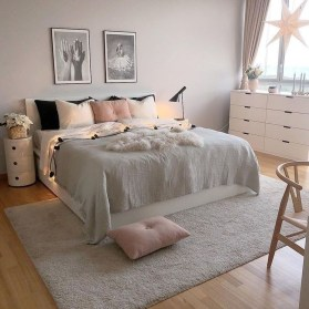 Stylish Bedroom Decoration Ideas For Your Apartment 48