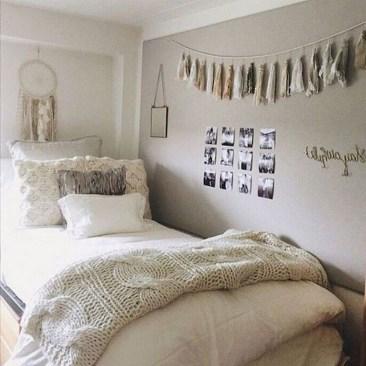 Adorable Dorm Room Design Ideas On A Budget 15