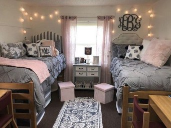 Adorable Dorm Room Design Ideas On A Budget 36