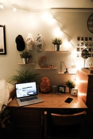 Adorable Dorm Room Design Ideas On A Budget 38