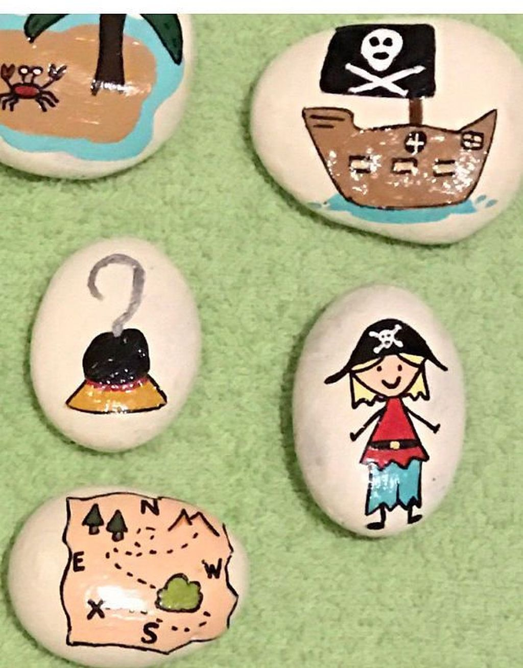Affordable Diy Painted Rock Ideas For Home Decoration 34