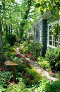 Amazing Backyard Landscaping Design Ideas On A Budget 38