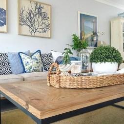 Best Coastal Living Room Decorating Ideas 21
