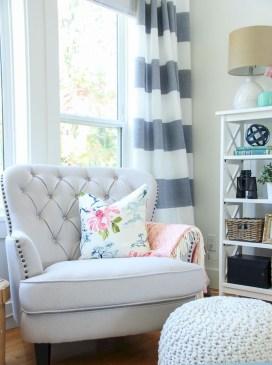 Best Coastal Living Room Decorating Ideas 32