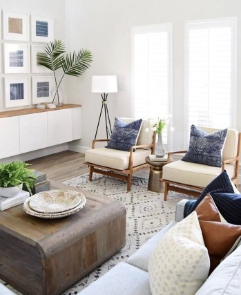 Best Coastal Living Room Decorating Ideas 41