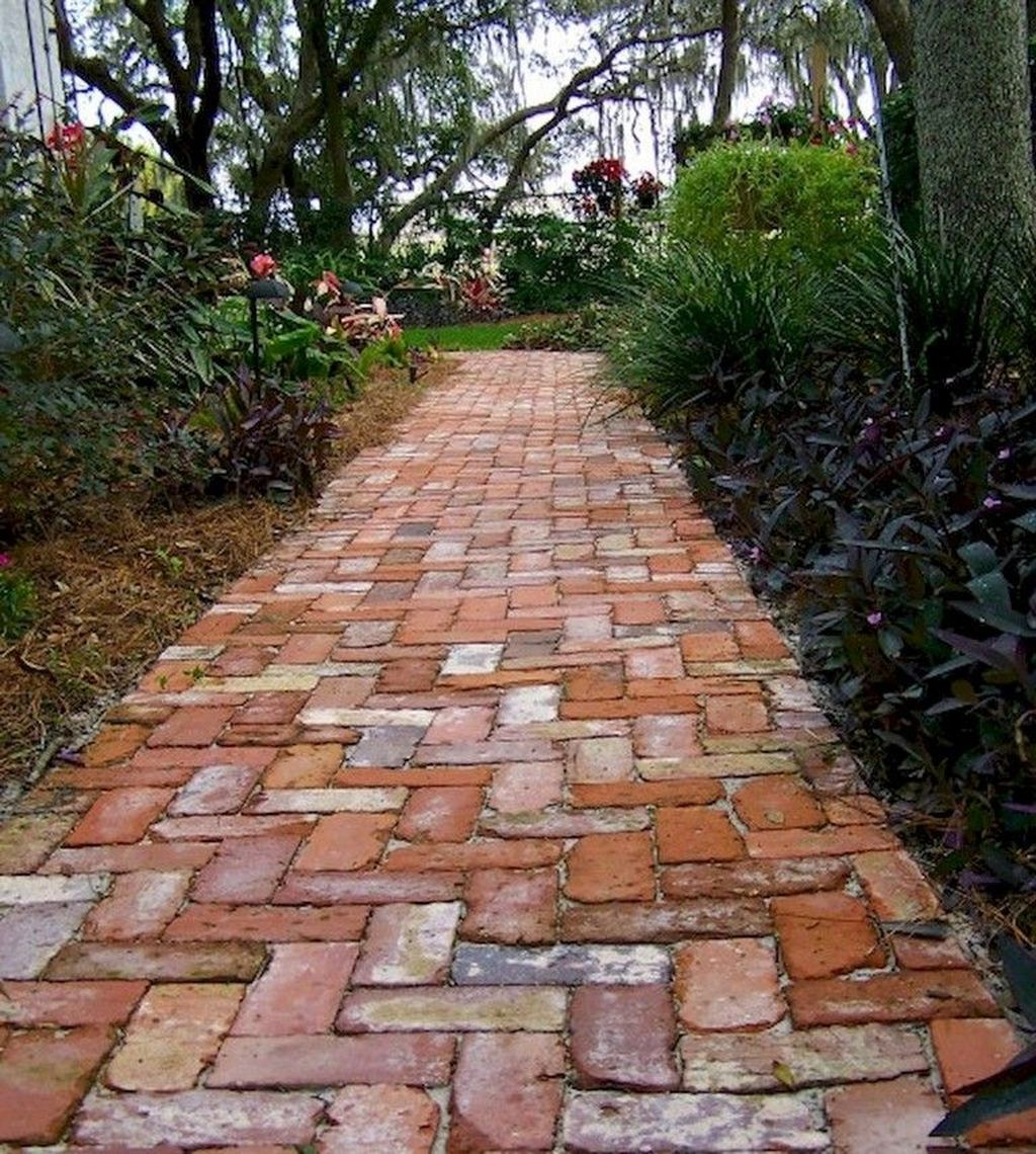 Classy Garden Path And Walkway Design And Remodel Ideas 19