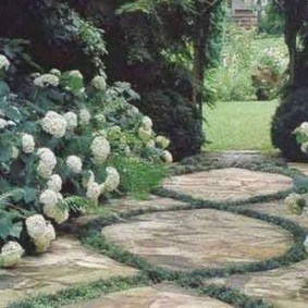 Classy Garden Path And Walkway Design And Remodel Ideas 30