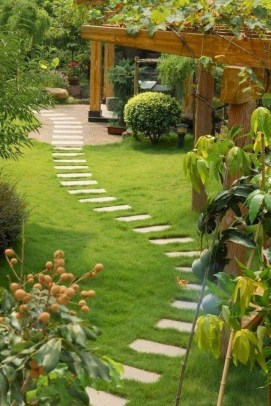 Classy Garden Path And Walkway Design And Remodel Ideas 51
