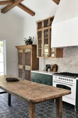 Classy Kitchen Decorating Ideas To Try This Year 14