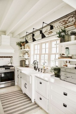 Classy Kitchen Decorating Ideas To Try This Year 15
