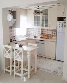 Classy Kitchen Decorating Ideas To Try This Year 36