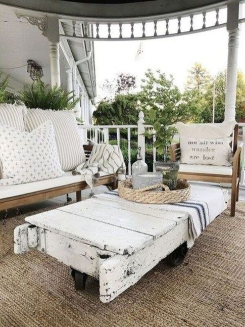 Cozy Small Porch Design Ideas To Try Right Now 30