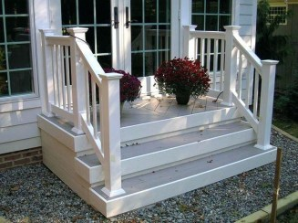 Cozy Small Porch Design Ideas To Try Right Now 38