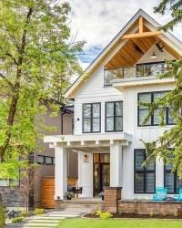 Incredible Farmhouse Exterior Design Ideas To Try 07