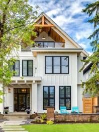 Incredible Farmhouse Exterior Design Ideas To Try 47