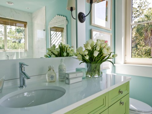 Inspiring Bathroom Decor Ideas With Turquoise Color To Consider 05