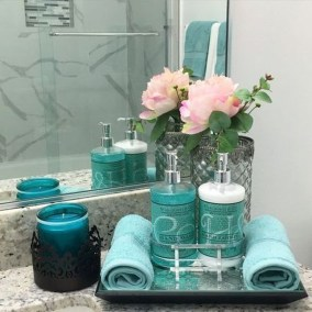 Inspiring Bathroom Decor Ideas With Turquoise Color To Consider 32
