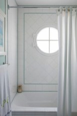 Inspiring Bathroom Decor Ideas With Turquoise Color To Consider 40