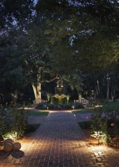 Marvelous Garden Lighting Design Ideas 07